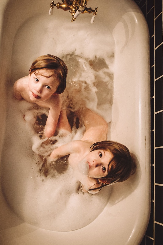 Family Photography, siblings in a bubble bath